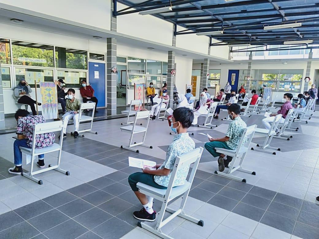 Vaksinasi Siswa Sekolah Tara Salvia Kota Tangerang Selatan
